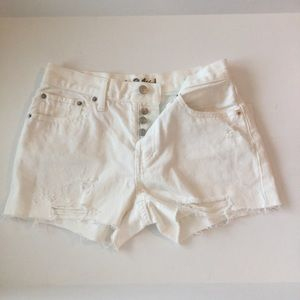 NWT 26 Free People Sophia ButtonFly distress short